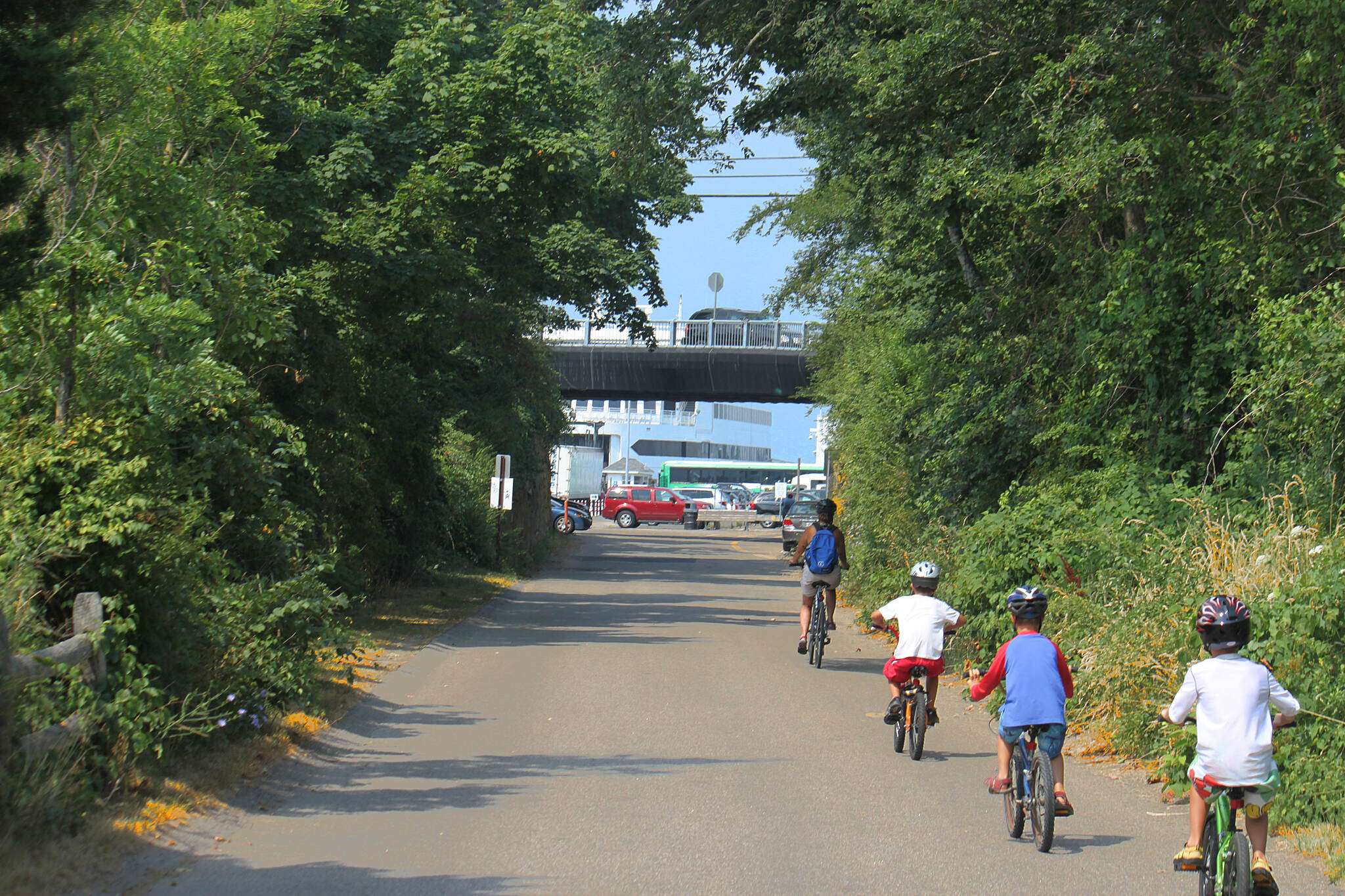 Shining Sea Bikeway Shining Sea Bikeway nearing the south end of the trail at Woods Hole
