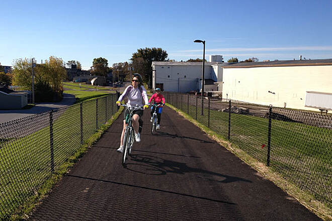 Shoreland 400 Rail Trail Bicyclists enjoying the trail Photo courtesy City of Sheboygan Planning and Development Department.