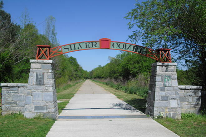 Silver Comet Trail Silver Comet at Alabama boder The welcome arch from the Alabama side.