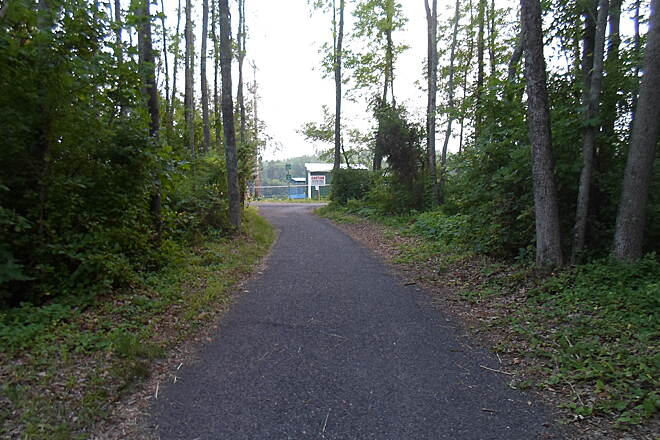 Skippack Trail Skippack Trail This pic was taken on the Skippack village branch of the trail just south of Heckler Road. The junction with the main East/West trail can be seen in the distance. Taken June 2015.