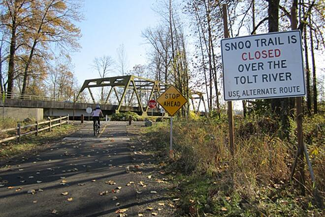 Snoqualmie Valley Trail Snoqualmie Valley Trail - Tolt River Crossing Detour will no longer be necessary, but it is pleasant