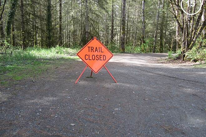Snoqualmie Valley Trail Snoqualmie Valley Trail The access road from Rutherford Slough below has been closed.