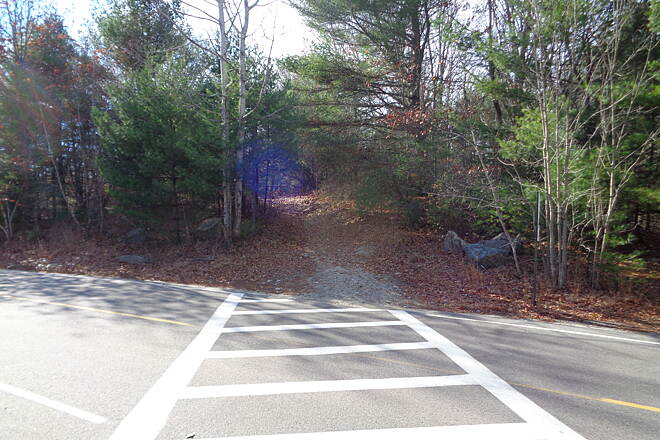Southern New England Trunkline Trail Crossing of Lake St., Franklin View west across Lake St., Franklin, MA on 11/13/14