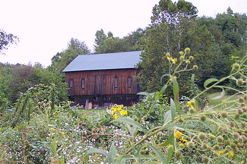 Stavich Bicycle Trail Stavich Bicycle Trail - OH Beautiful Old Barn Near The Trail
