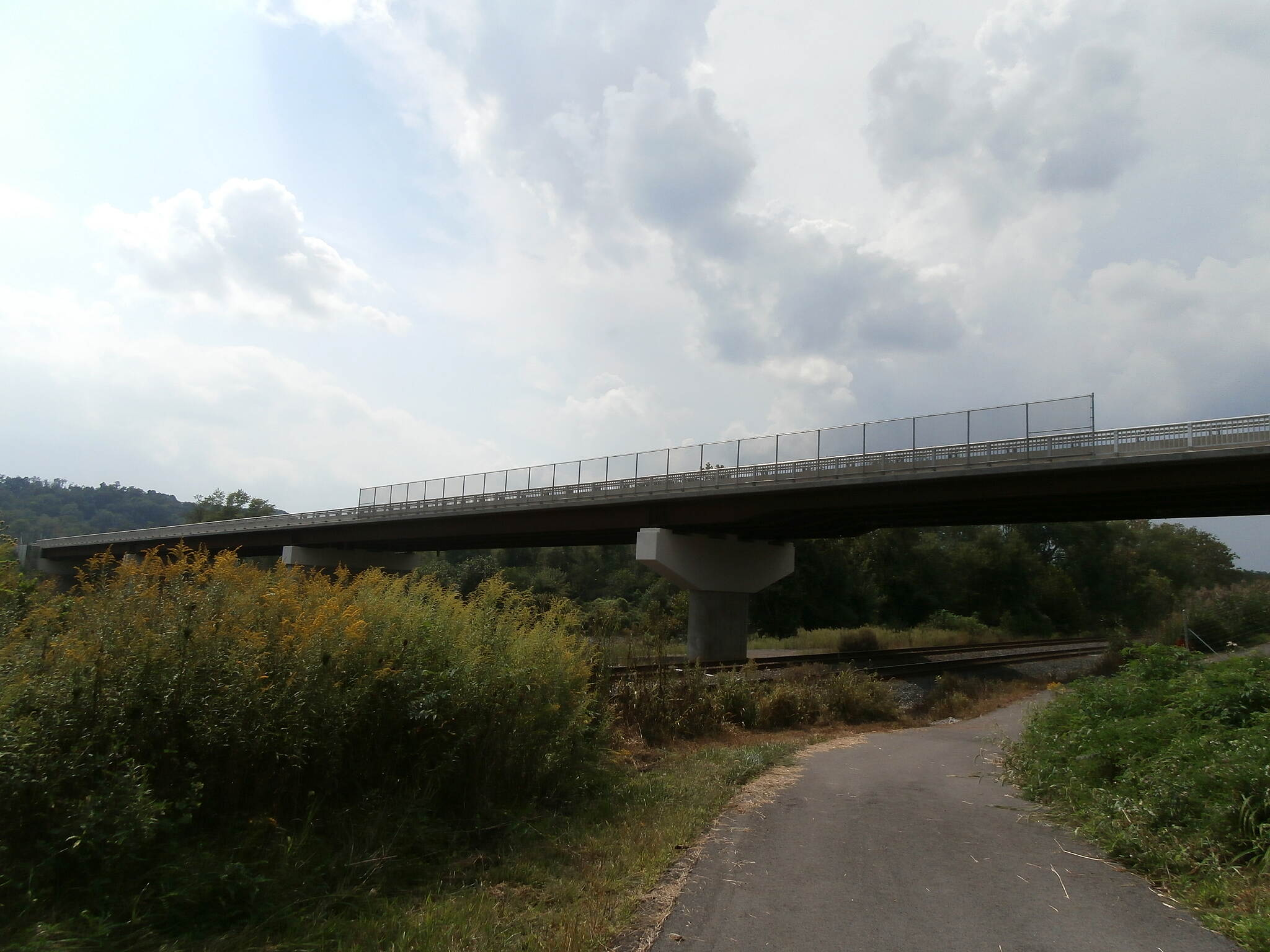 Stavich Bicycle Trail Overpass Stavich Trail, late Summer 2013