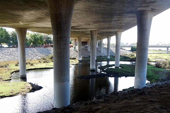 Sweetwater Bikeway Sweetwater River Under South Bay Fwy 54