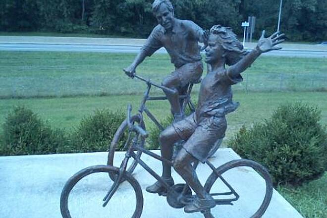 "T. J. Evans Panhandle Trail Forever Riding ""1 Loved these statues along the trail."