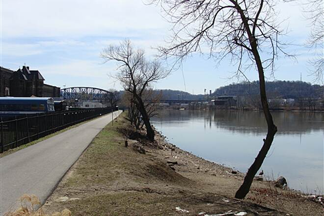 Three Rivers Heritage Trail North Shore Ohio River East Bank North Shore Ohio River East Bank