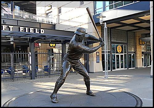 "Three Rivers Heritage Trail North Shore Trail  ""Willie Stargell statue"" - The trail passes in front of PNC Park, home of the Pittsburgh Pirates. A ride around the park features statues of the Pirate's greats Honus Wagner, Bill Mazeroski, Roberto Clemente and Willie Stargell."