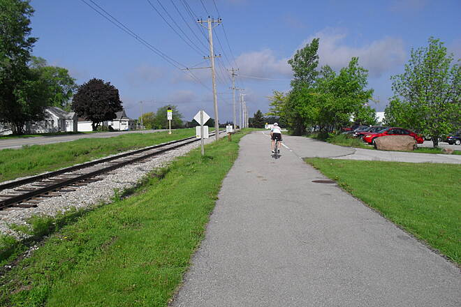 Trolley Trail (Clear Lake/Mason City) The Trolley Trail parallels an active railroad. The Iowa Traction Railway is the last electric freight railroad in North America. Photo courtesy of Michael Johns, the general manager for the Iowa Traction Railway.