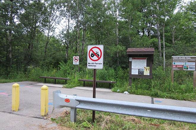 Trout Island Trail Sharpsville   Trailhead in Sharpsville.  Street parking.  June-2015
