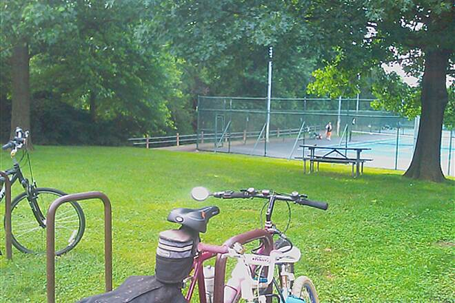 Washington and Old Dominion Railroad Regional Park (W&OD) Bluemont park tennis courts Tennis courts along side W&OD trail (South end of trail)