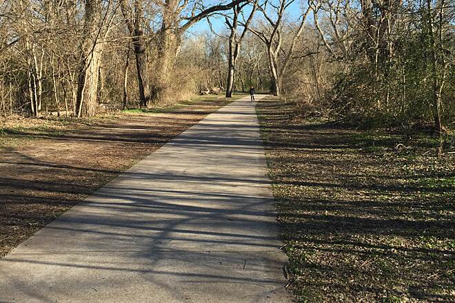 Waxahachie Creek Hike & Bike Trail 3/4 mile