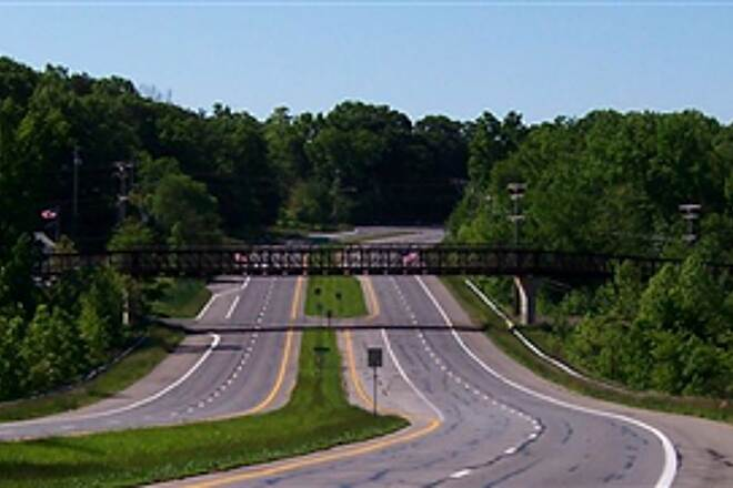 WB&A Trail WB&A Trail over MD 197 A long span carries the WB&A Trail over MD 197 (and Horsepen Branch)