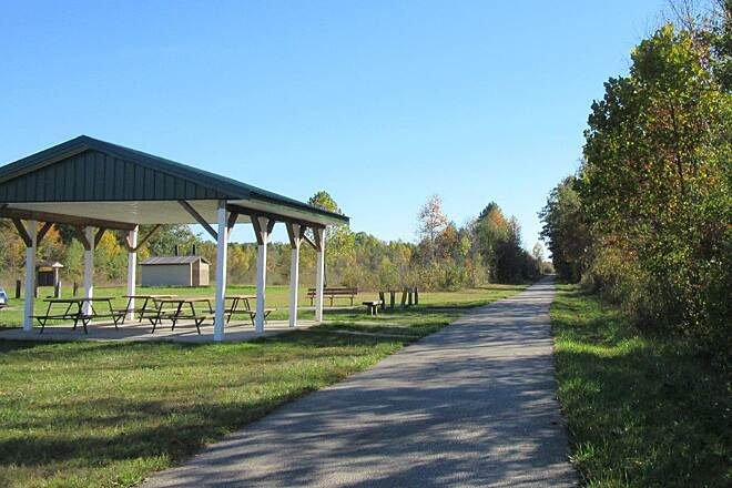Western Reserve Greenway At Lampson Road Parking, Picnic area and restrooms at Lampson Road