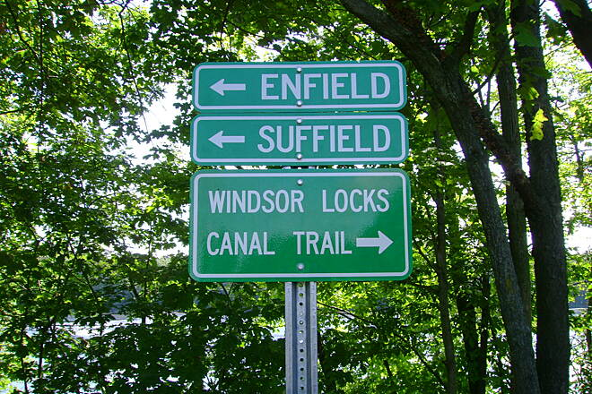 Windsor Locks Canal State Park Trail Trail marker