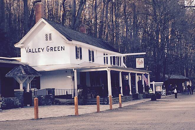 Wissahickon Valley Park Trail Valley Green Inn