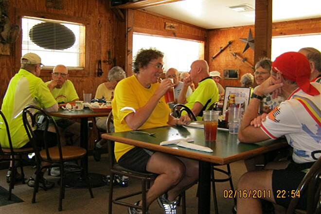 Withlacoochee State Trail   'Withlacoochee Bike Riders' refuel at the Riverside Grill