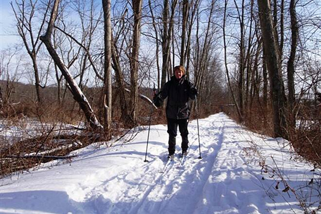 Wood Duck Nature Trail (Wallkill River NWR) Wood Duck trail XC Skiing