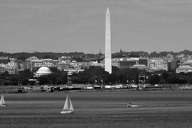 Woodrow Wilson Bridge Trail Crossing over the WWB View from the WWB in B&W