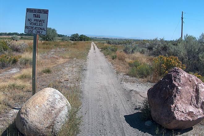 Wyoming Heritage Trail Beginning of Unpaved Section